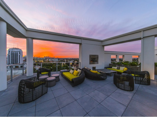 Image of Rooftop Deck with Fireplace and Panoramic Views for Desmond at Wilshire