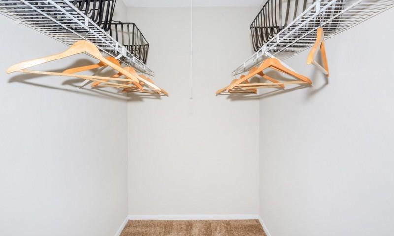 Bedroom Walk-in Closets