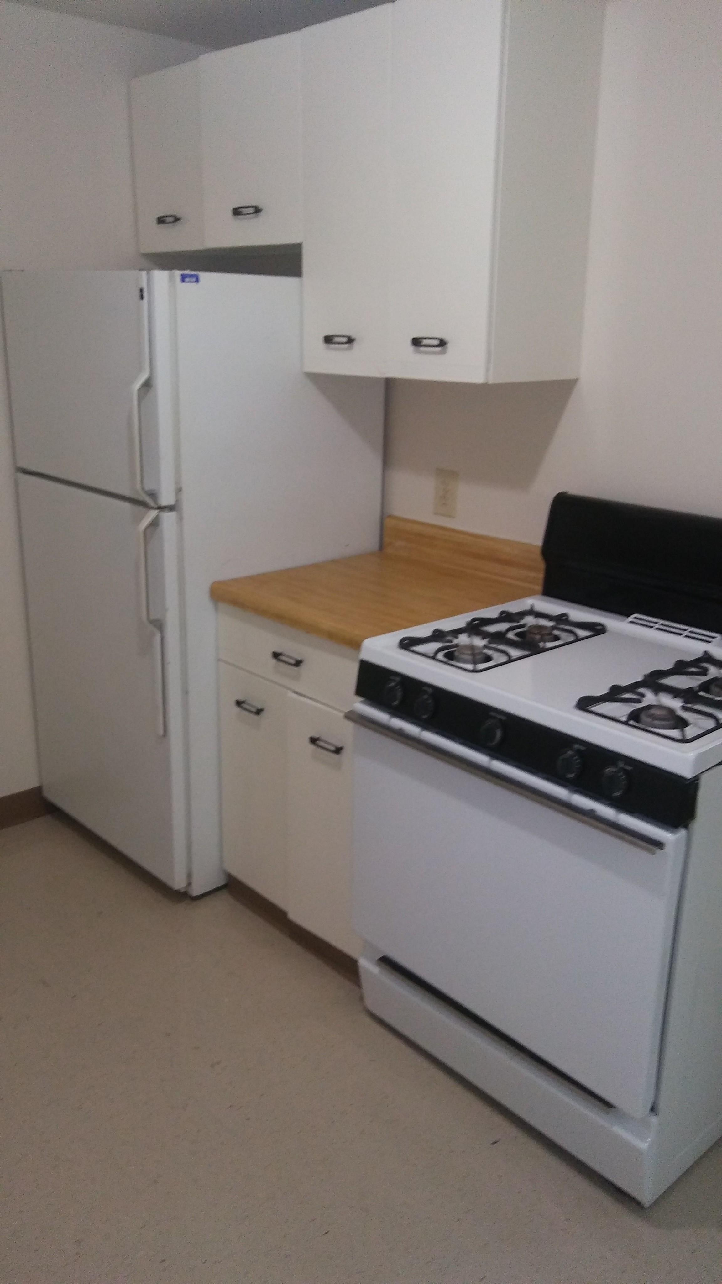 Image of Refrigerator for Seneca Oaks
