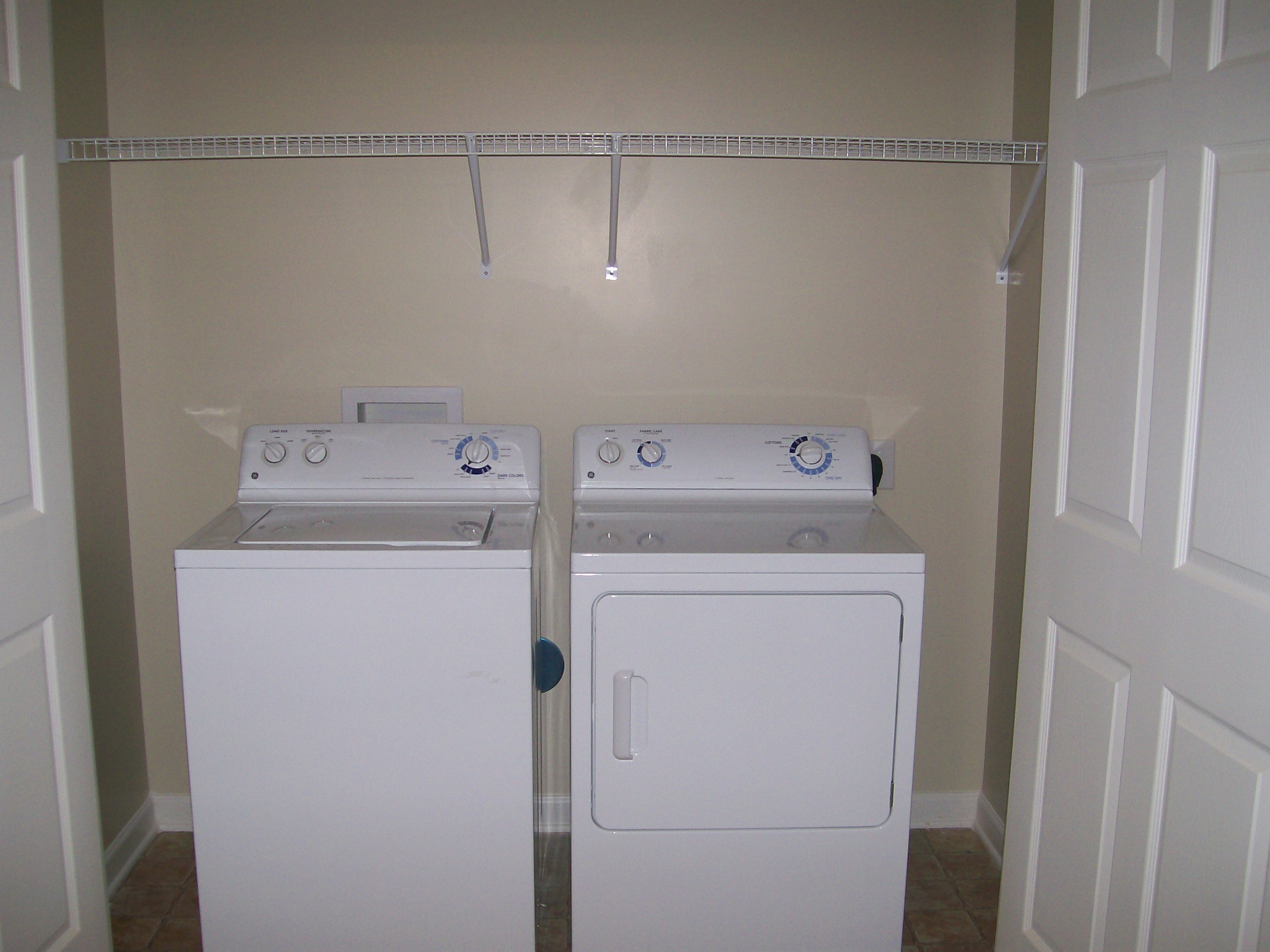 Image of Washer/Dryer Hook-Up for Eastland Place Apartments