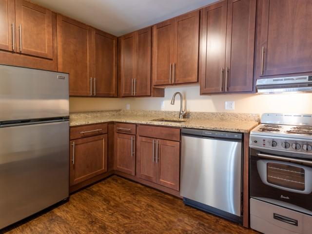 2 BR, 1 BA - Wolverine, Premium Kitchen w/Stainless Steel Appliances