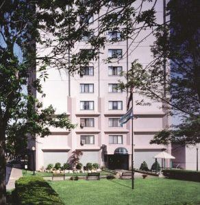 Making a Difference in the Public Housing Arena-image