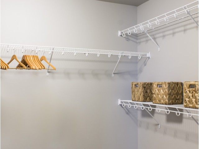 Image of Walk-in Closets for Spring Haven