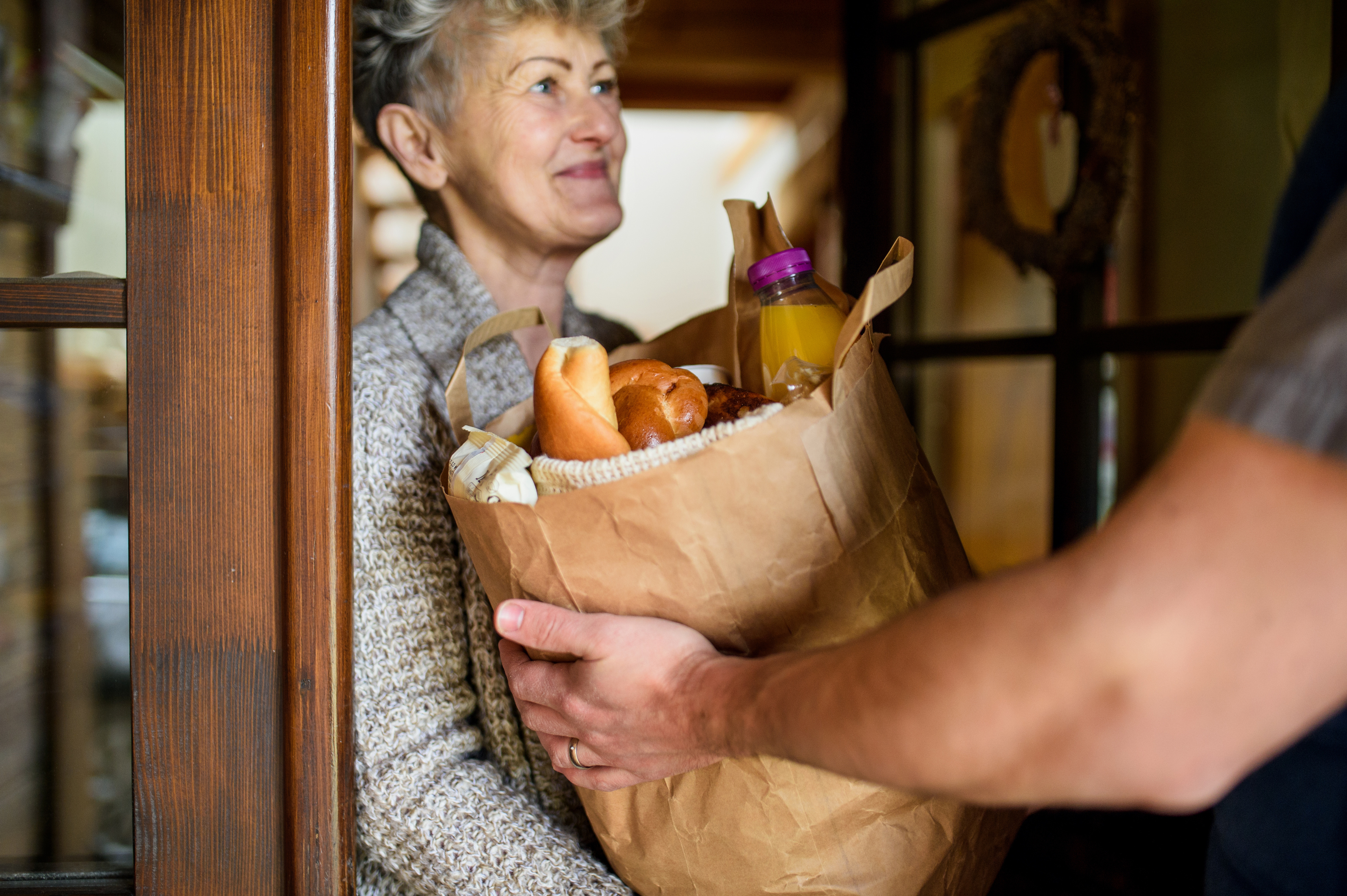 Popular Food Delivery Options for Older Active Adults-image