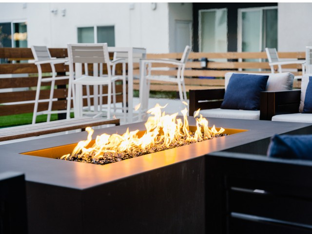 Courtyard Lounge Seating & Fire Pits