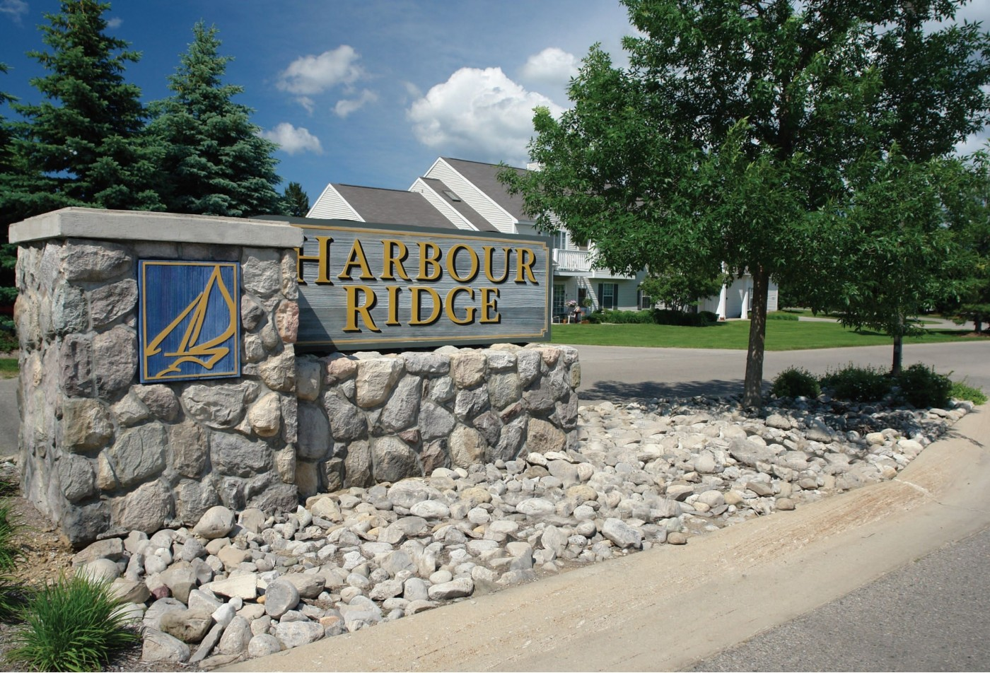 Harbour Ridge Apartments