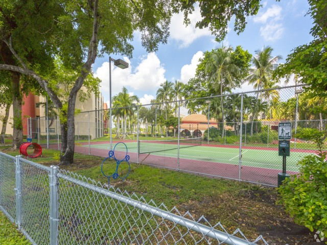 Image of Fully Equipped Bark Park for Aventura Harbor Apartments