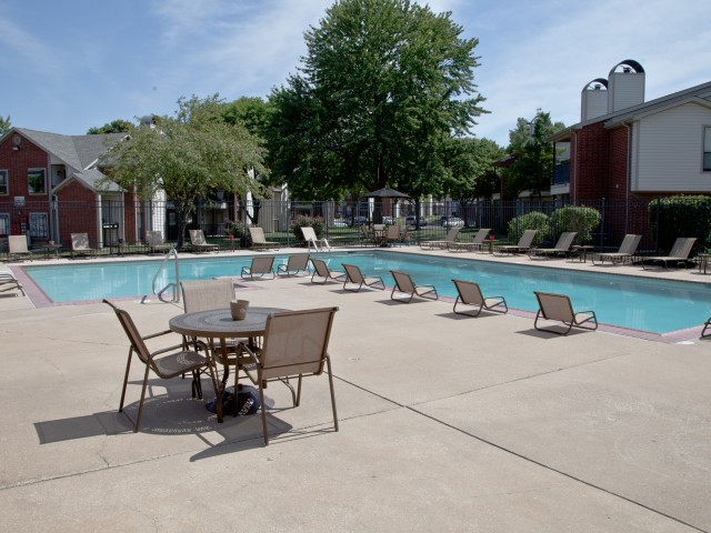 Image of Swimming Pool with Large Sundeck for Vanderbilt