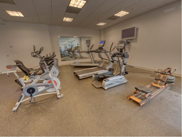 24 Hour Gym | Central West End Apartments | Del Coronado