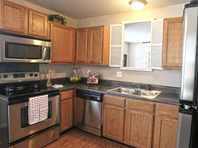 Fully Equipped Kitchens at Richardson Place