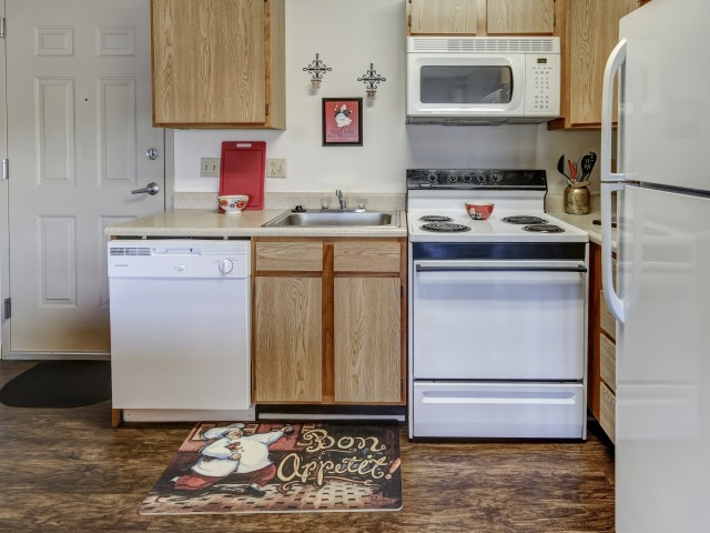 River Market Apartments Furnished Apartment Kitchen