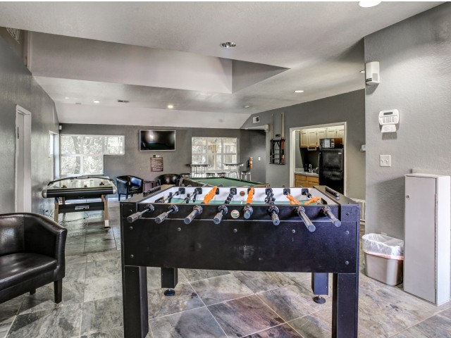 Hampton Woods Apartments Lifestyle - Game Room