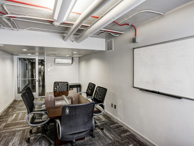 The Landing Apartments Lifestyle - Study Room