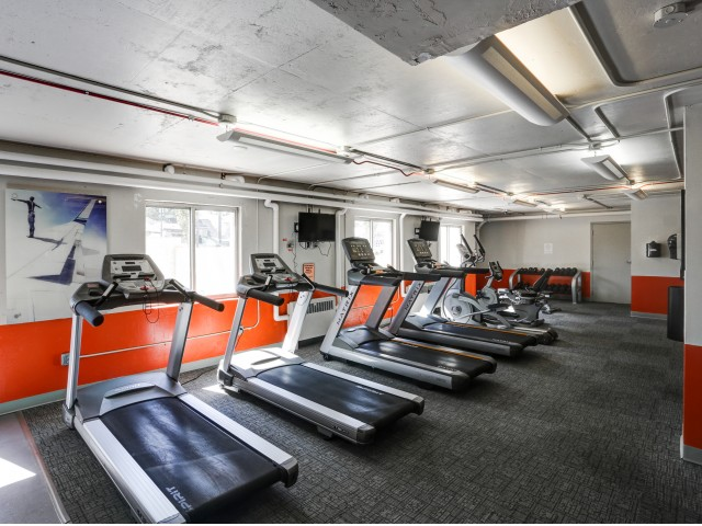 The Landing Apartments Lifestyle - 24 Hour Fitness Center Cardio Equipment