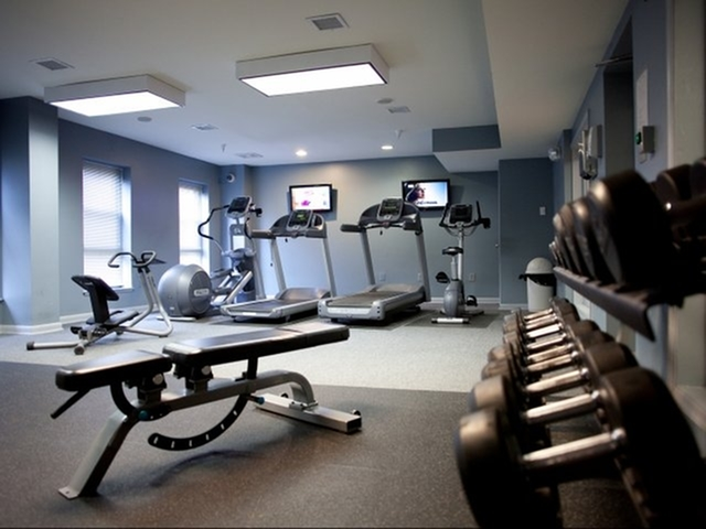 University Club Apartments Lifestyle - 24 Hour Fitness Gym