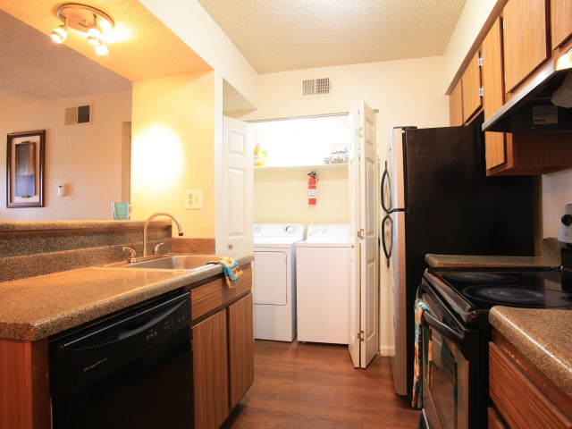 Post Oak Apartments In-Unit Washer And Dryer
