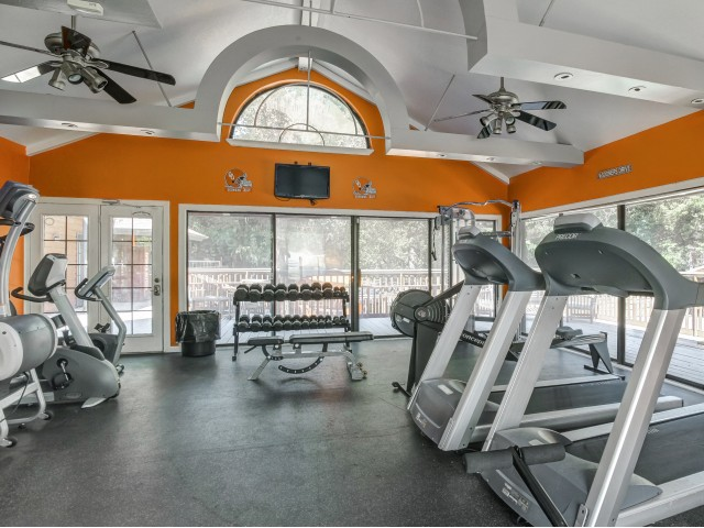 Hampton Woods Apartments Lifestyle - 24-Hour Fitness Center