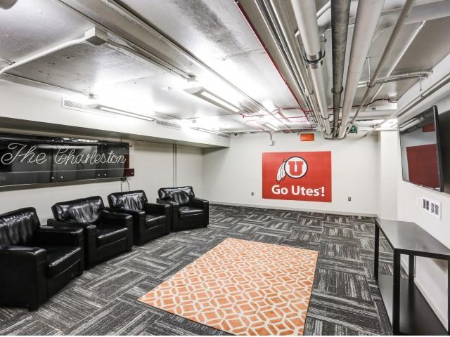 The Landing Apartments Lifestyle - TV Lounge