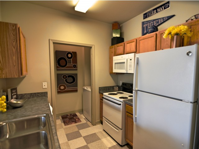 Stratum on Highland Apartments In-Unit Washer And Dryer
