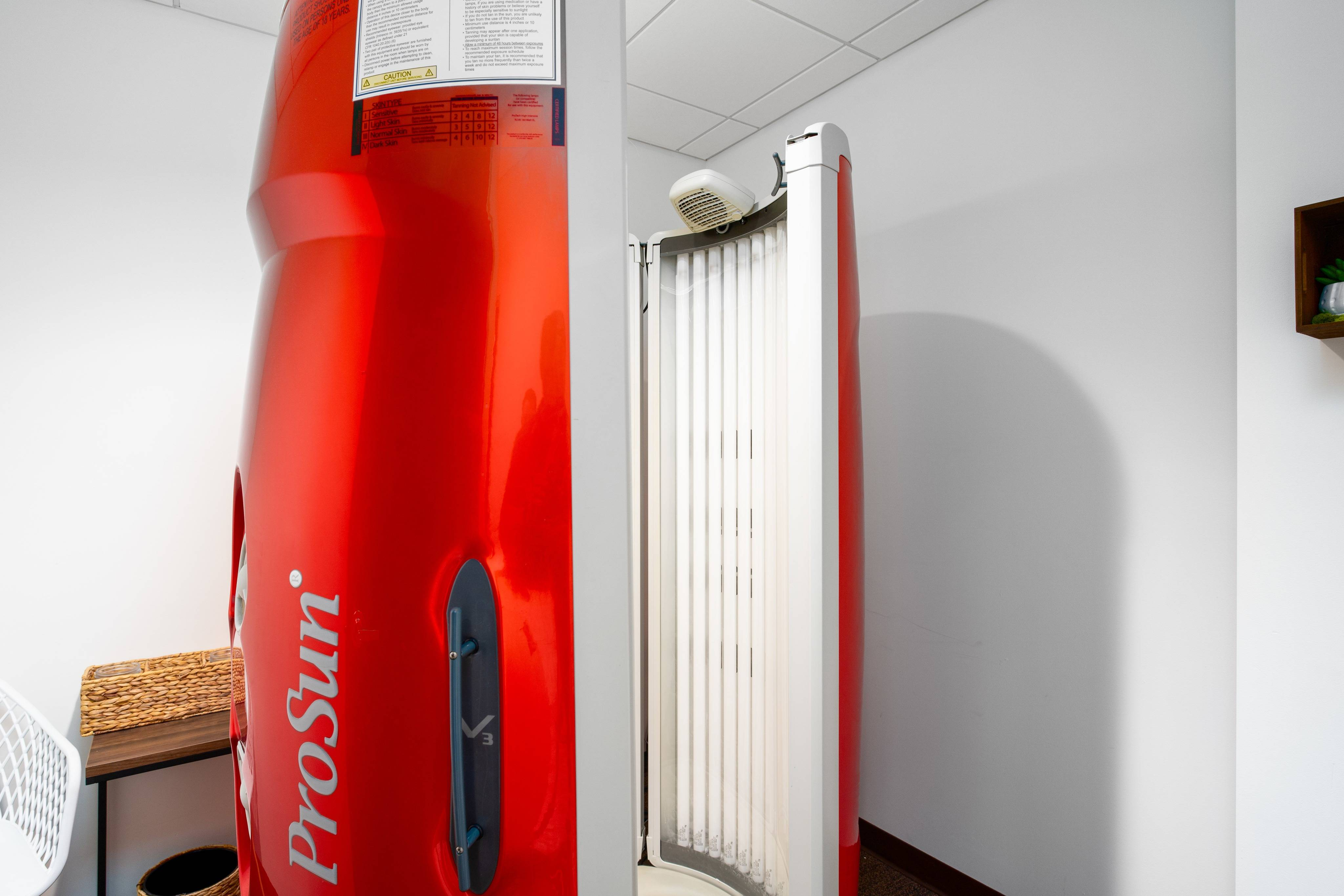 District Flats Apartments Lifestyle - Tanning Bed