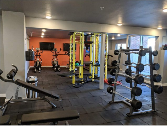 Image of 24 Hour Fitness Gym for Prime Place OSU