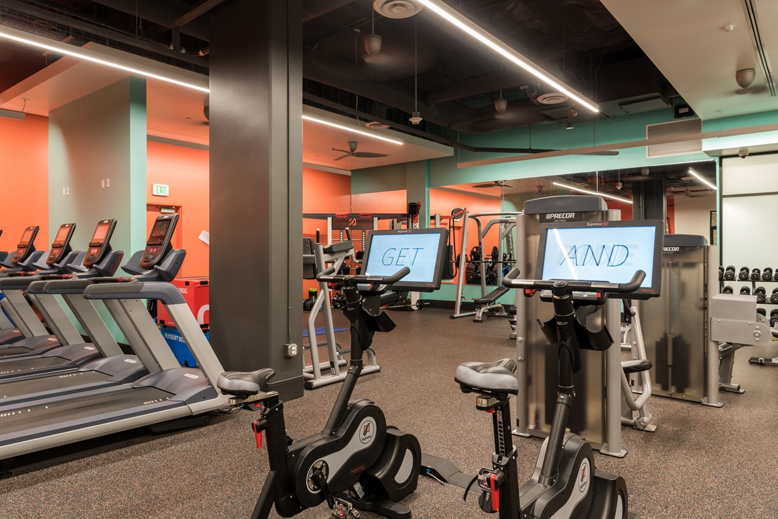 State-of-the-Art Fitness Center   Apartment Homes in Los Angeles, CA   University Gateway