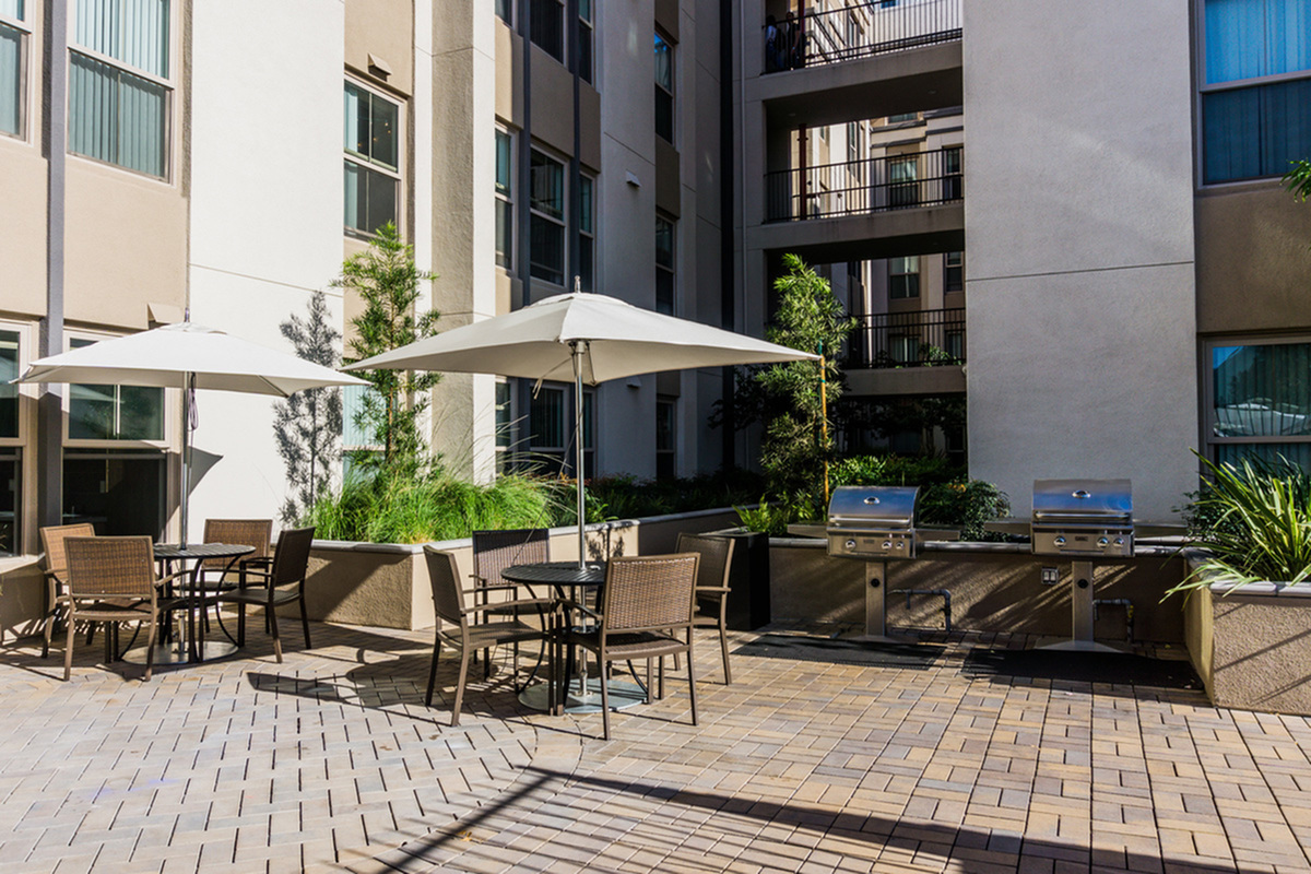 Community BBQ Grills | San Jose CA Apartment For Rent | 27 North