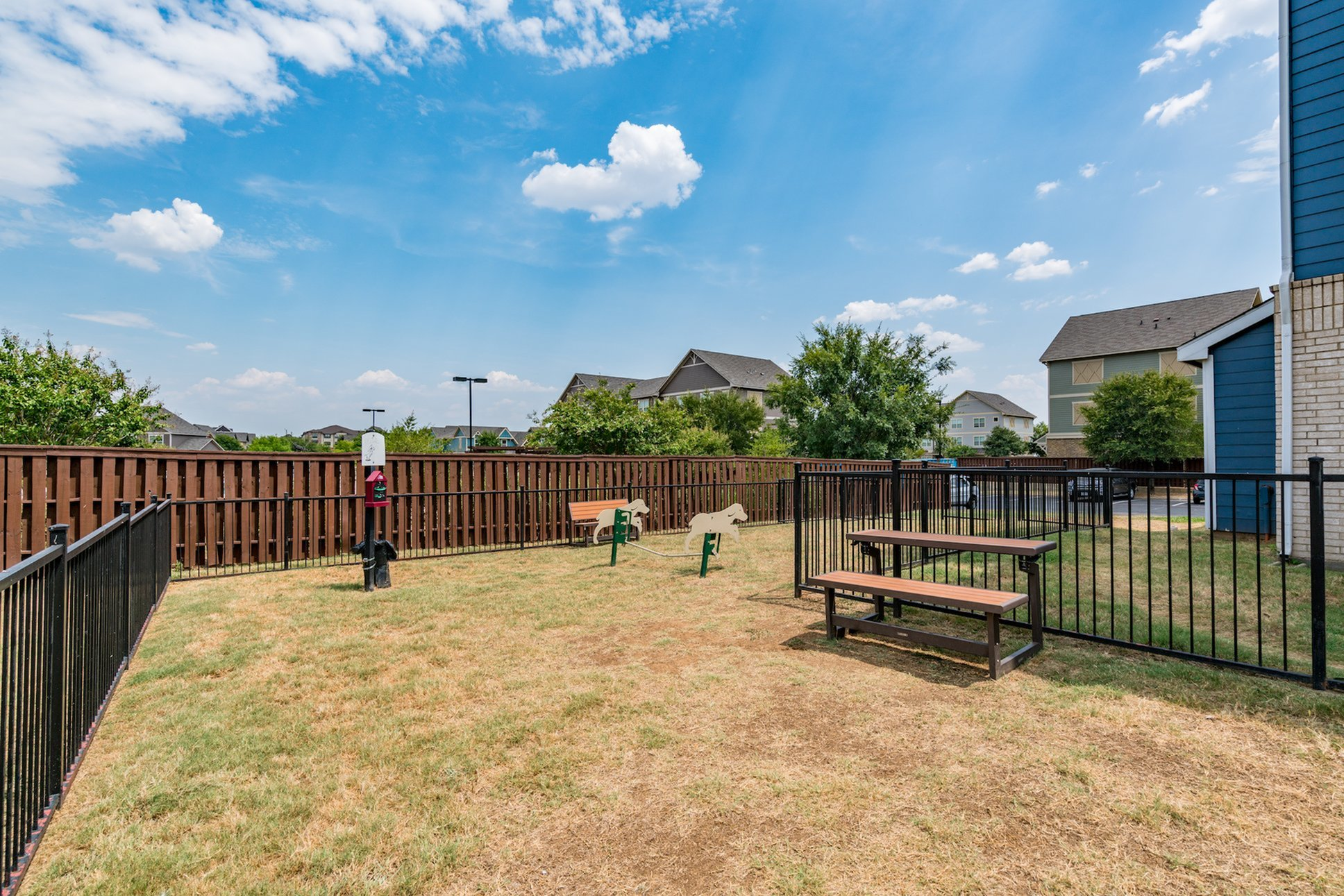 Community Dog Park | Apartment in Denton, TX | Castlerock at Denton