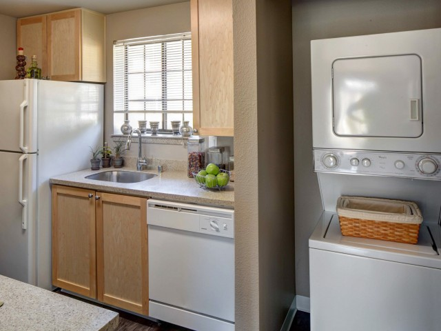 Image of Washer and Dryer for 2000 Lake Washington Apartments