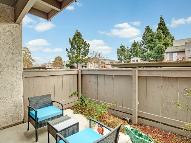 Image of Patio/Balcony for The Henley Apartment Homes
