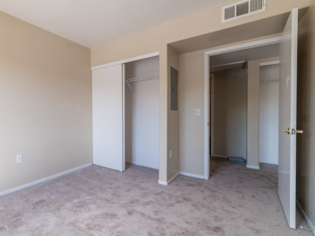 Image of Large Closets for Orchard Club Apartments