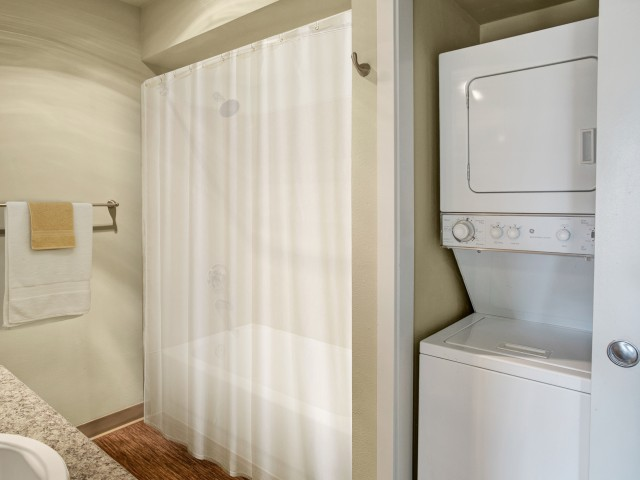 Image of Washer/Dryer for Vantage Park Apartments
