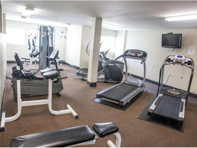 Image of Fitness Center for Eagle Pointe Apartments