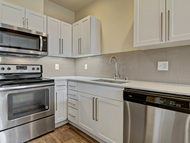 Image of Stainless Steel Appliances Available for The Heights at Bear Creek Apartments