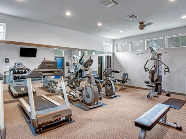 Image of 24-Hour Fitness Center for Crosspointe Apartments