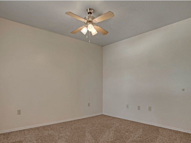 Image of Ceiling Fan for Crown Ridge of North Edmond Apartments
