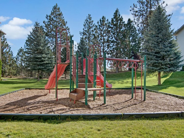 Image of Large Playground with Picnic Area for Deer Run at North Pointe Apartments