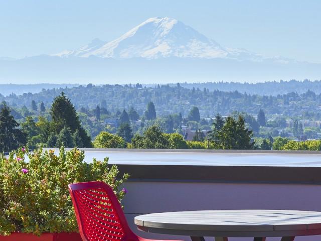 Image of Sensational Views for Pratt Park Apartments