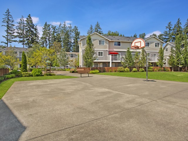 Image of Basketball Court for Brookstone at Edgewater Townhomes