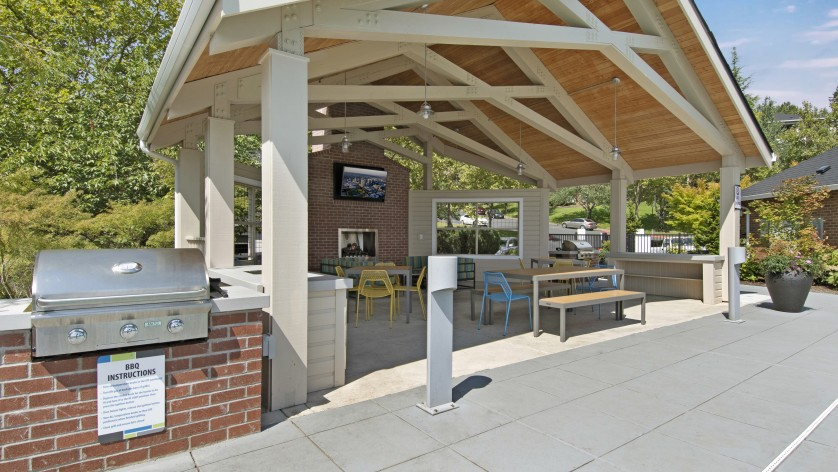 Community BBQ Grills | Apartments For Rent Tigard Or | Arbor Heights