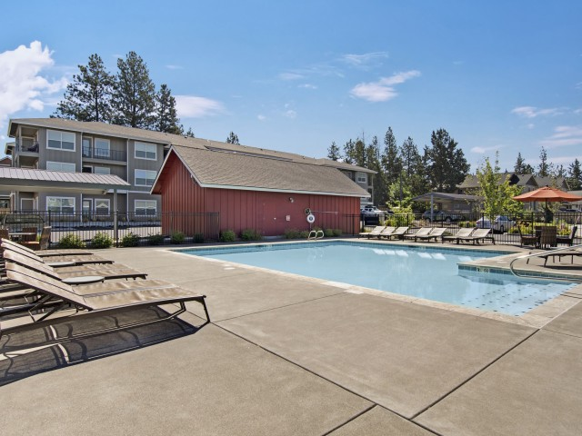 Image of Outdoor Heated Pool and Spa for Seasons Apartments at Farmington Reserve