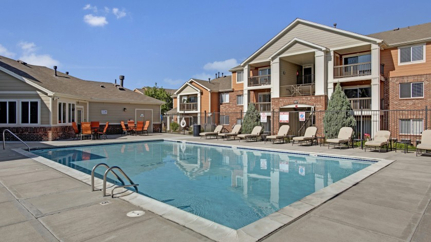 Resort Style Pool | Apartments For Rent Castle Rock Colorado | The Bluffs at Castle Rock