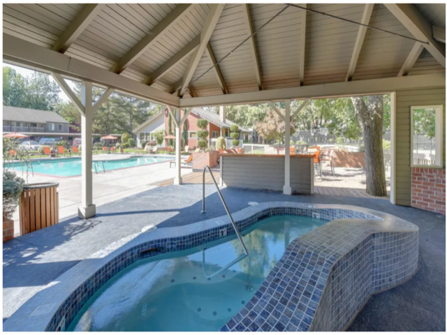 Image of Outdoor Spa for Arbor Creek Apartments