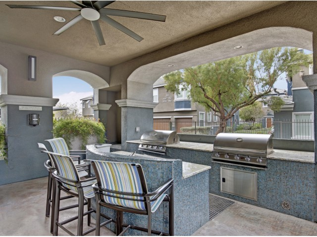 Image of Outdoor Kitchen Area with BBQ's and Ramada for Verona Apartments