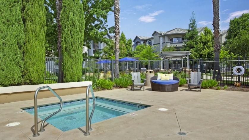 Relaxing Hot Tub |  Sacramento CA Apartments for Rent  |  Broadleaf Apartments