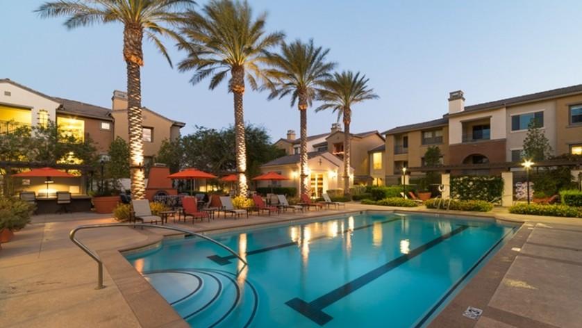 Outdoor Swimming Pool | Best Apartments In North Las Vegas | Avanti