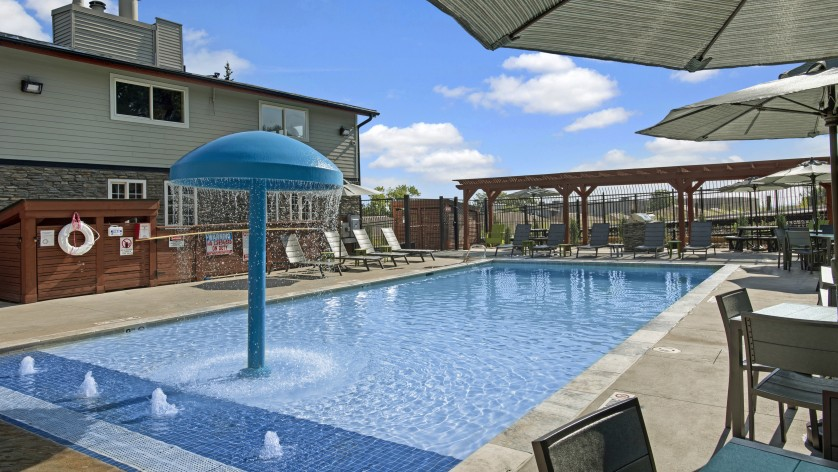 Resort Style Pool  Apartments Near Denver   The Lodge on 84th