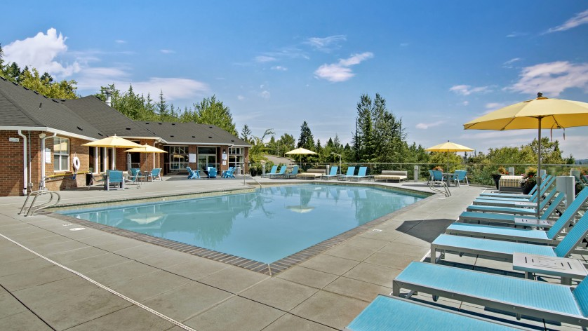 Resort Style Pool | Apartments For Rent Tigard Oregon | Arbor Heights