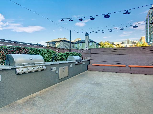 Panorama Apartments BBQ Area