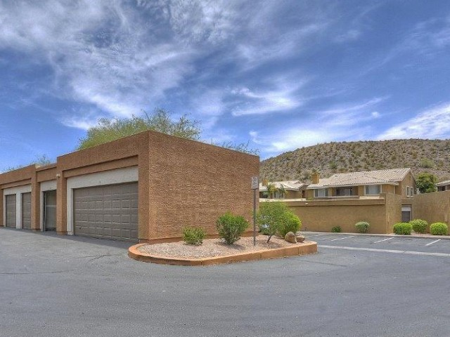 Resident Garage Parking | Phoenix AZ Apartments | Mountainside Apartments